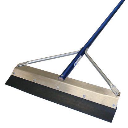 "Picture of 24"" Round Edge Seal Coat Squeegee with 7' Handle"